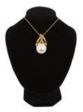 美丽的时装模特项链珍珠 免版税库存照片