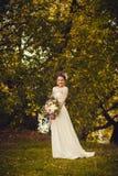 美丽的时髦的新娘 库存照片