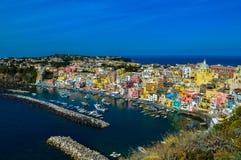 美丽的普罗奇达,那不勒斯,意大利的难以置信的看法 库存照片