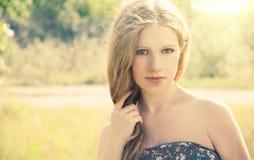 美丽的本质妇女年轻人 库存照片