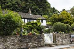 美丽的村庄在Pott Shrigley,彻斯特,英国小村庄  免版税图库摄影