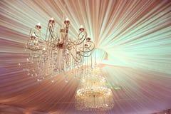 美丽的枝形吊灯水晶 免版税图库摄影