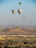 美丽的气球在卡帕多细亚,土耳其 库存图片