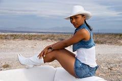 美丽的沙漠妇女 免版税库存照片
