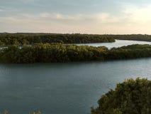 美丽的河叫在巴西海岸的Aracatiaçu 免版税库存图片