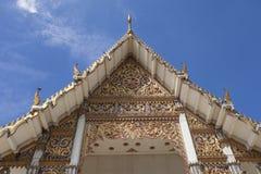 美丽的泰国寺庙屋顶 免版税图库摄影