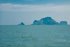 美丽的海岛和岩石 krabi泰国 免版税库存照片
