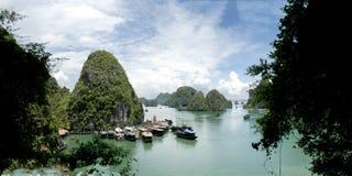 美丽的海海湾Ha长海湾,越南 图库摄影