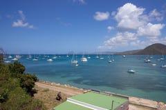 美丽的海湾和风船在马提尼克岛怀有 库存照片