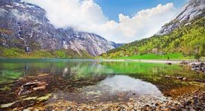 美丽的海湾挪威 免版税库存图片