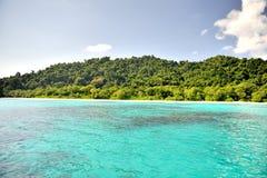 美丽的海滩和海Similan海岛的在泰国 免版税库存图片