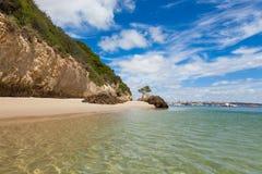 美丽的海滩在里斯本葡萄牙附近的塞图巴尔 库存图片