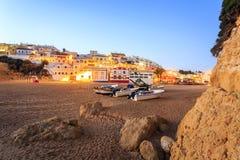 美丽的海滩在Carvoeiro,阿尔加威,葡萄牙 库存照片