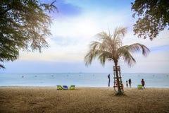 美丽的海滩,春武里市泰国 库存照片