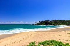 美丽的海滩, Tangalle,斯里兰卡 免版税图库摄影