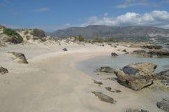 美丽的海滩Elafonisi -克利特海岛 免版税图库摄影