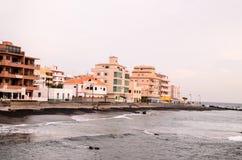 美丽的海滩Las Galletas 库存照片