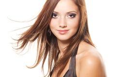 美丽的深色的女孩年轻人 免版税库存图片