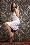 美丽的深色的妇女 免版税库存图片