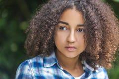 美丽的混合的族种非裔美国人的女孩少年 免版税图库摄影