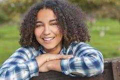 美丽的混合的族种非裔美国人的女孩少年 免版税库存图片