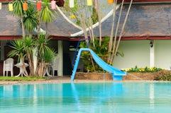 美丽的游泳池 免版税库存图片