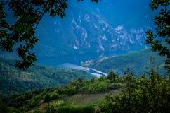 美丽的湖Perucac 免版税库存照片