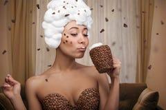 美丽的滑稽的妇女创造性的画象  免版税库存图片
