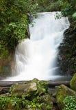 美丽的瀑布在泰国 库存图片