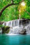 美丽的瀑布 免版税图库摄影