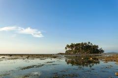 美丽的热带海岛在普吉岛泰国 免版税库存照片