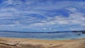 美丽的热带海滩在印度尼西亚 图库摄影