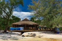 美丽的热带海滩有豪华旅游胜地的酸值荣Samloem海岛 库存图片