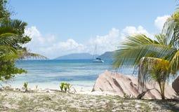 美丽的热带海滩 免版税图库摄影