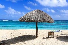 美丽的热带海滩Maguana,古巴 库存图片