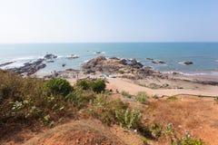 美丽的热带海滩在Vagator,果阿,印度 库存图片