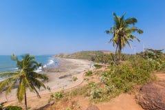 美丽的热带海滩在Vagator,果阿,印度 免版税库存图片
