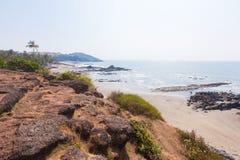 美丽的热带海滩在Vagator,果阿,印度 图库摄影