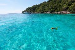 美丽的热带海滩有海视图,在Similan的净水我 图库摄影