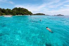 美丽的热带海滩有海视图,在Similan的净水我 免版税图库摄影