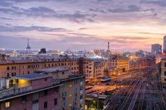 美丽的热那亚在晚上 免版税库存照片