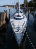 美丽的现代风帆游艇 免版税库存图片