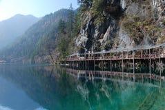 美丽的瓷五颜六色的jiuzhai水 库存照片