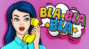 美丽的电池女孩电话联系的妇女年轻人 皇族释放例证