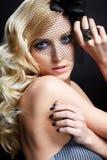 美丽的白肤金发的面纱 免版税库存图片
