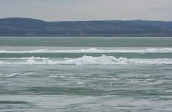 美丽的白色冰 免版税图库摄影