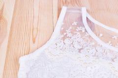 美丽的白色女衬衫特写镜头 库存图片