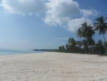 美丽的白色沙滩, Bangka印度尼西亚 库存图片