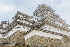 美丽的白色著名与老结构的世界遗产treditional木城堡保留在Himaji 免版税图库摄影