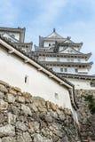 美丽的白色著名与老结构的世界遗产treditional木城堡保留在Himaji 免版税库存图片